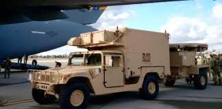 Humvee c контрбатарейными радарами