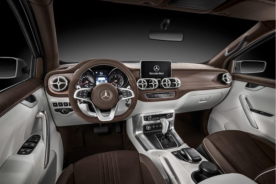 Салон пикапа Mercedes X-Class