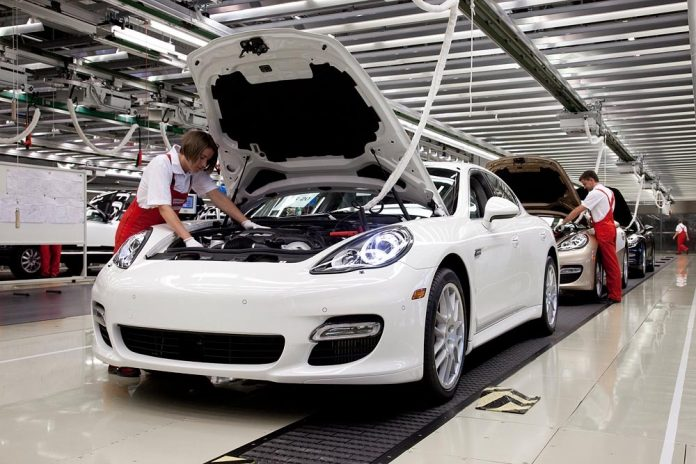 Сборка Porsche Panamera