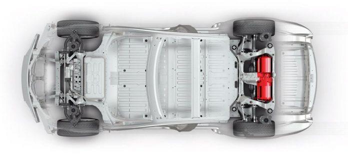 Шасси Tesla с электромотором (выделен красным)