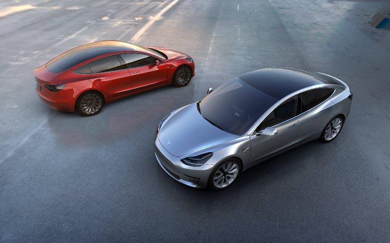 Электромобили Tesla Model 3