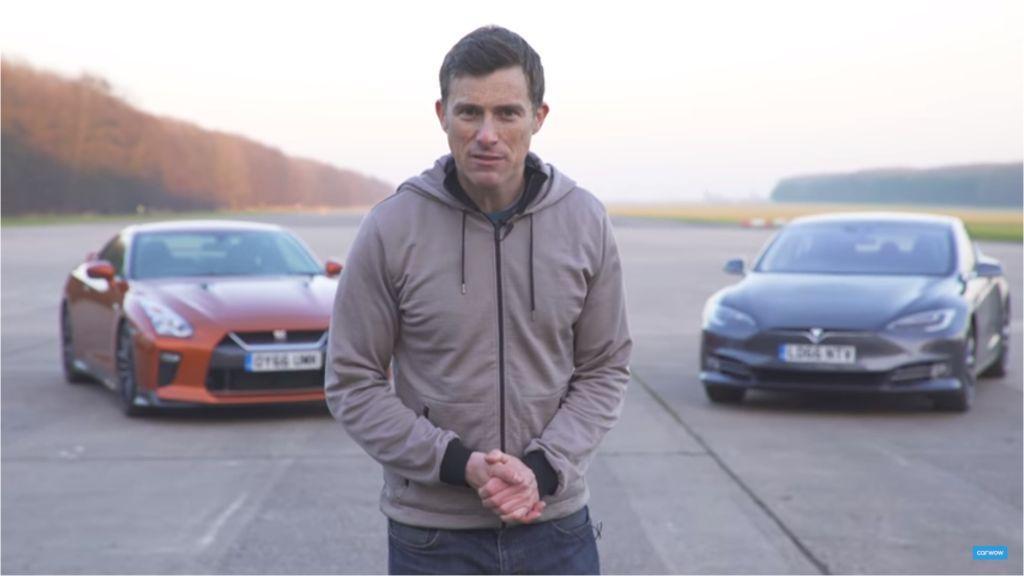 Nissan GT-R vs Tesla Model S